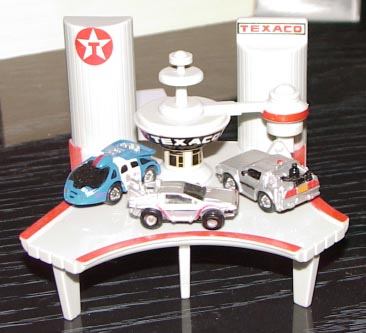 The bttf3 texaco gas station complete with cars a very cool micro